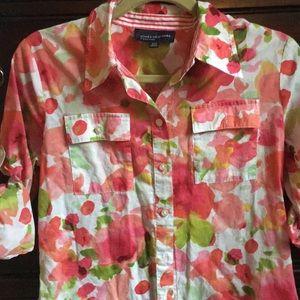 Jones New York Size Small Pink Floral Shirt